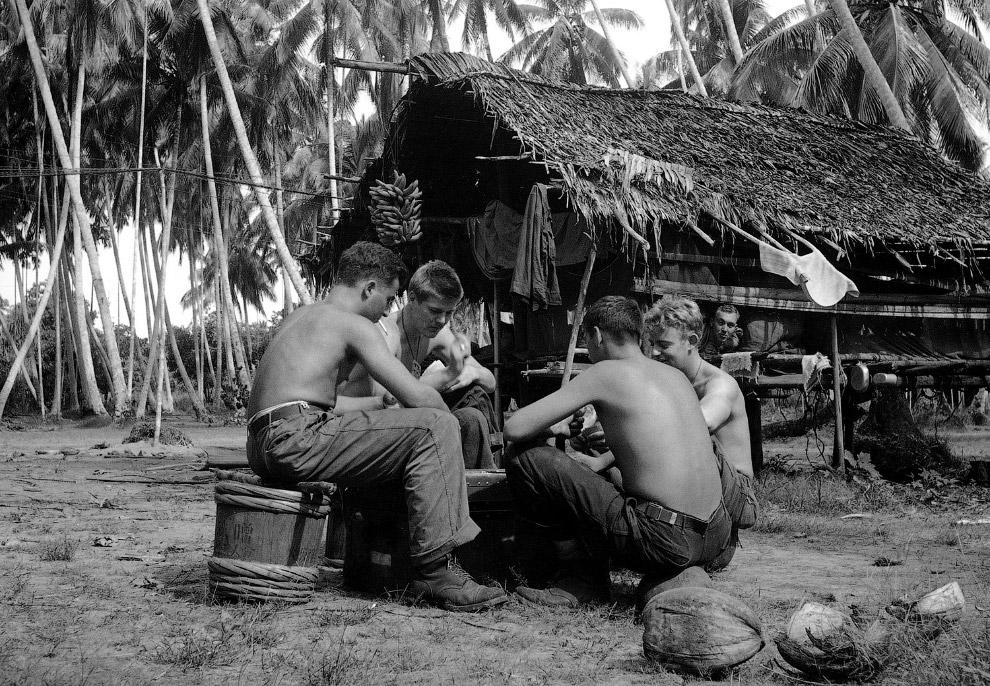 Американские солдаты в Новой Гвинее