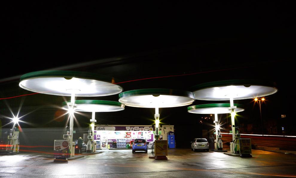 Заправочная станция в центральной Англии