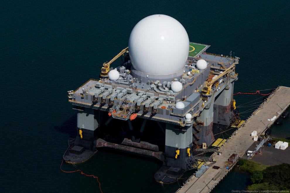 Cамоходная надводная радарная установка X-диапазона морского базирования