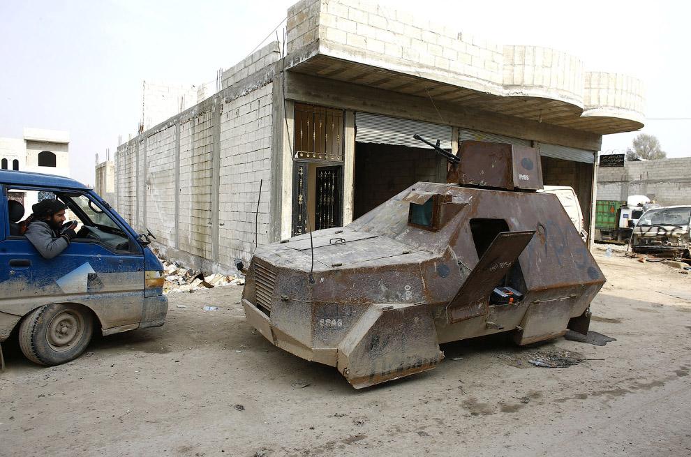 Народные умельцы из курдских отрядов народной самообороны создали вот такой броневик