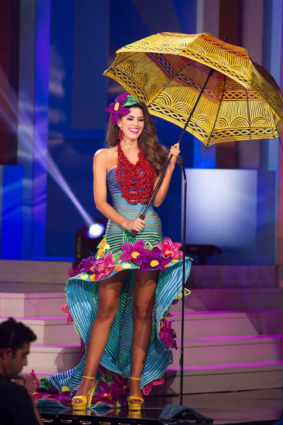 Победительница конкурса Паулине Вега из Колумбии