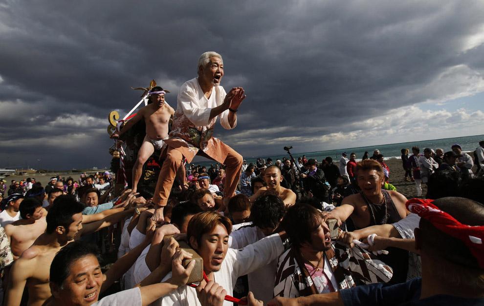 Пожелания спокойных вод в океане и удачи в новом 2015 году