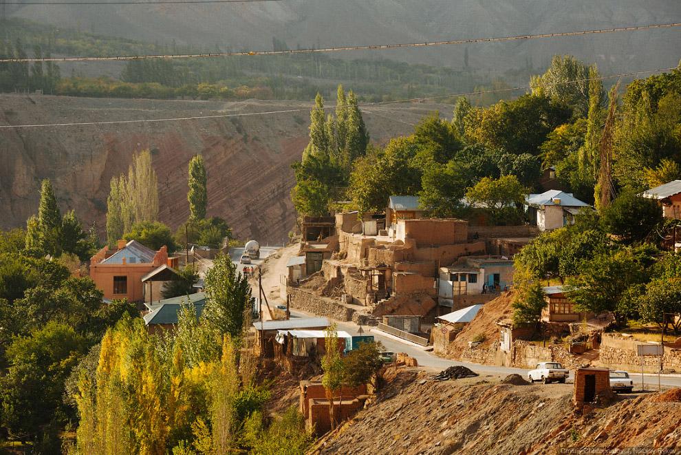 Небольшой населенный пункт Хушекат