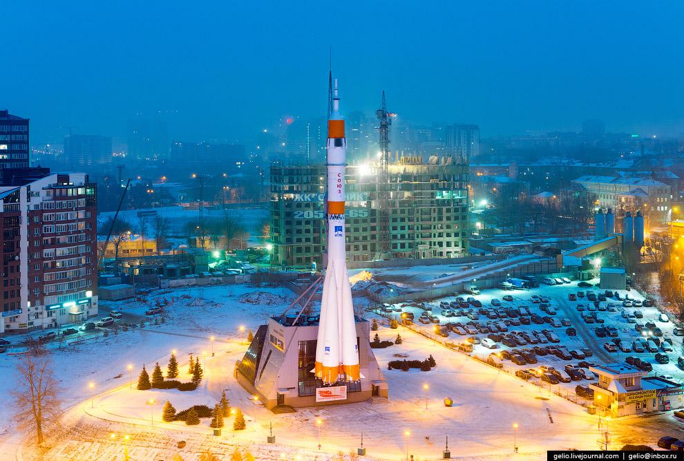 единственная в Европе вертикально-установленная ракета-носитель в собранном виде