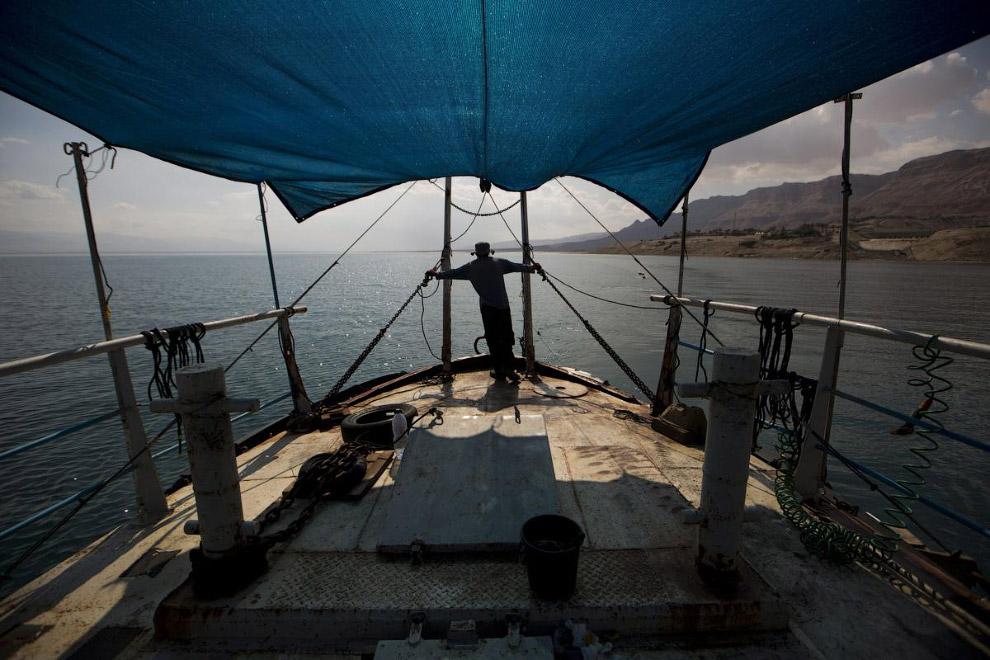 Научно-исследовательское судно «Таглит» канала Discovery