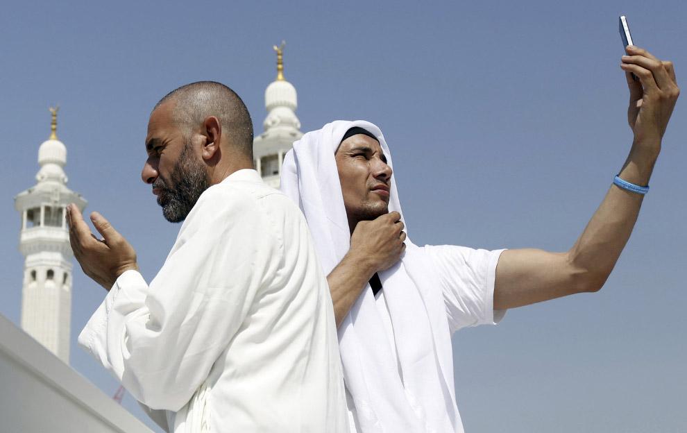 Последний день ежегодного паломничества в священный город Мекку