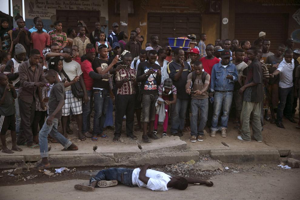 Жертва вируса эбола в Сьерра-Леоне