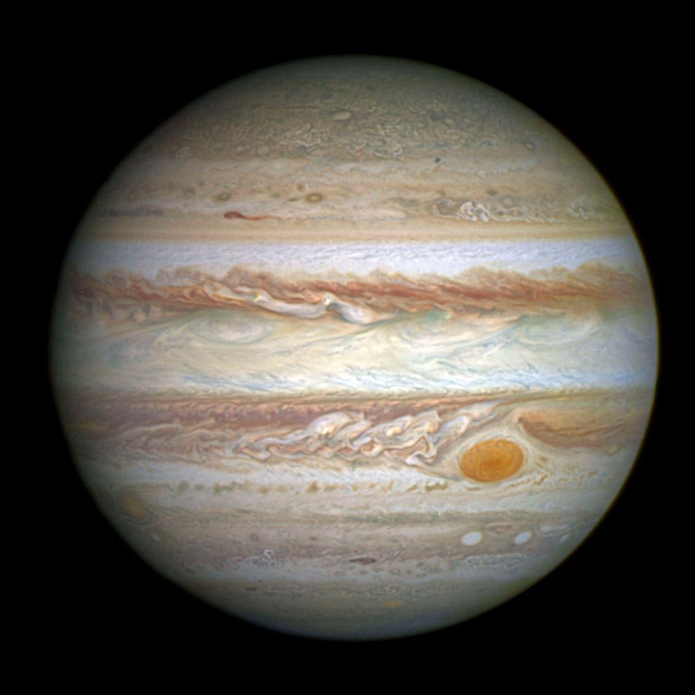 Тень Ганимеда на Юпитере