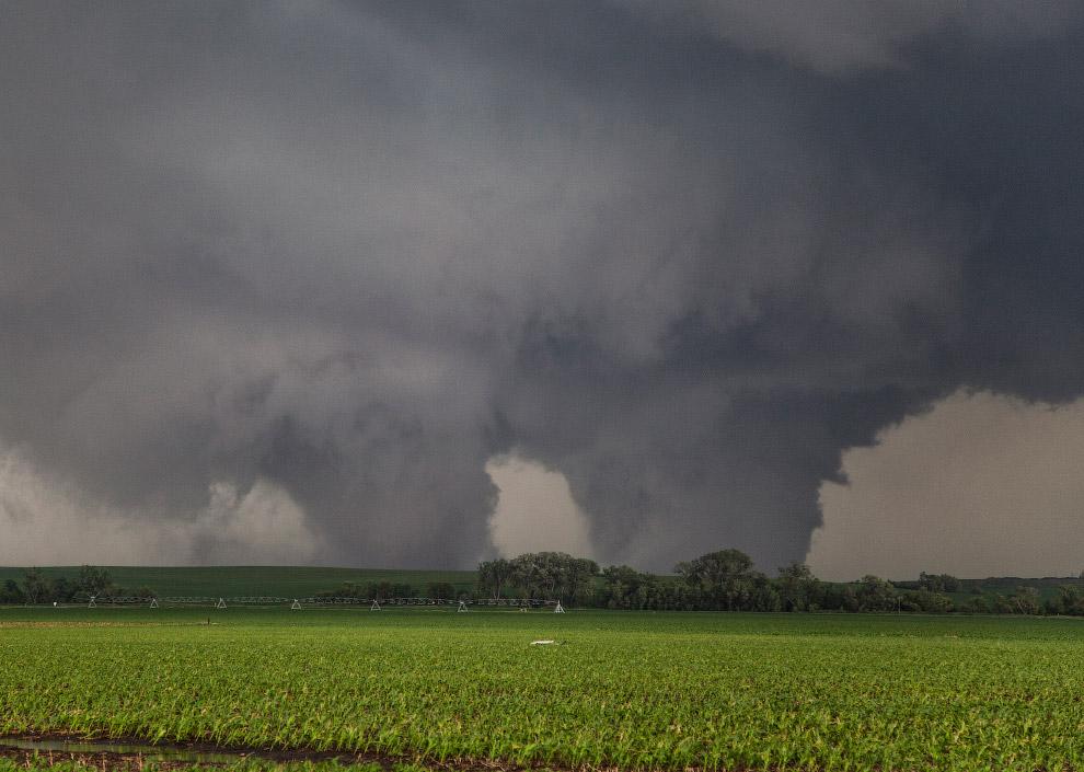 Два торнадо класса F4 в штате Небраска