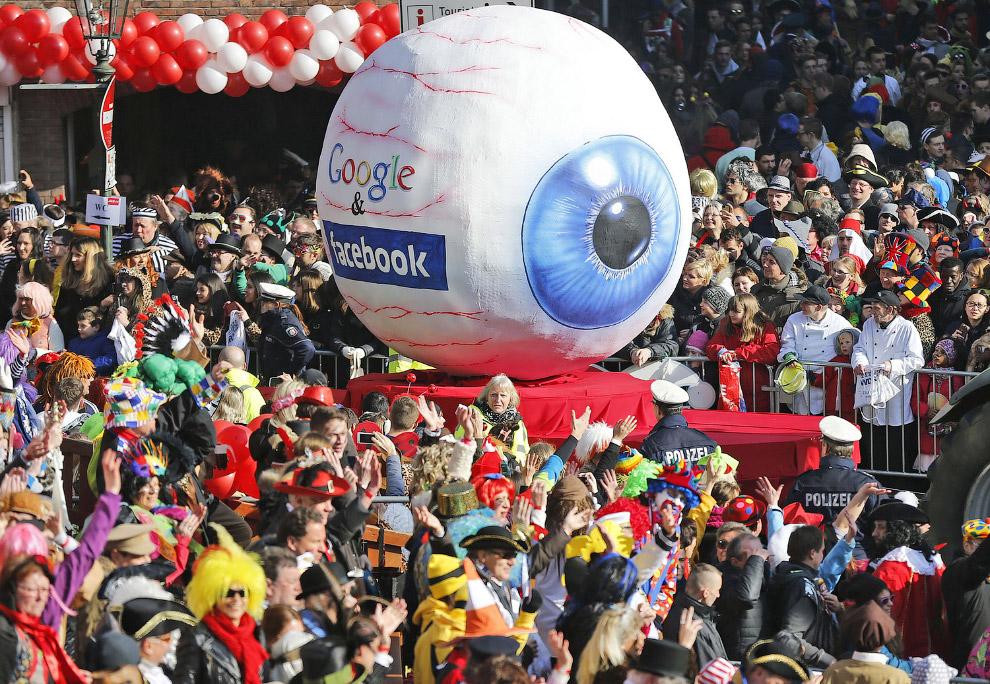 Карнавальное шествие в Дюссельдорфе, Германия