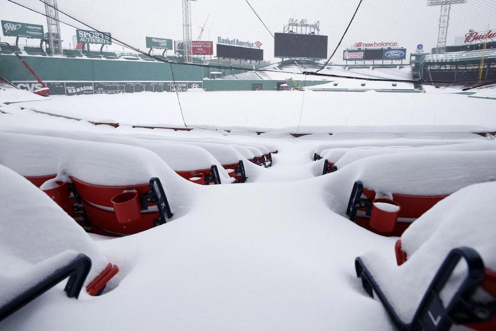 Снежный стадион в Бостоне