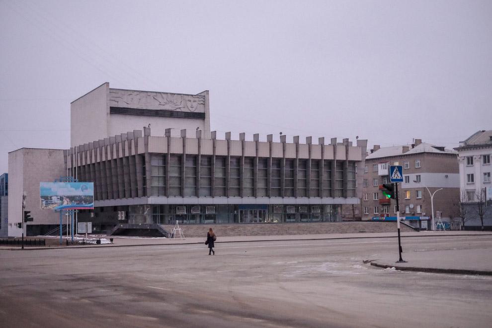Луганск за 6 часов до перемирия