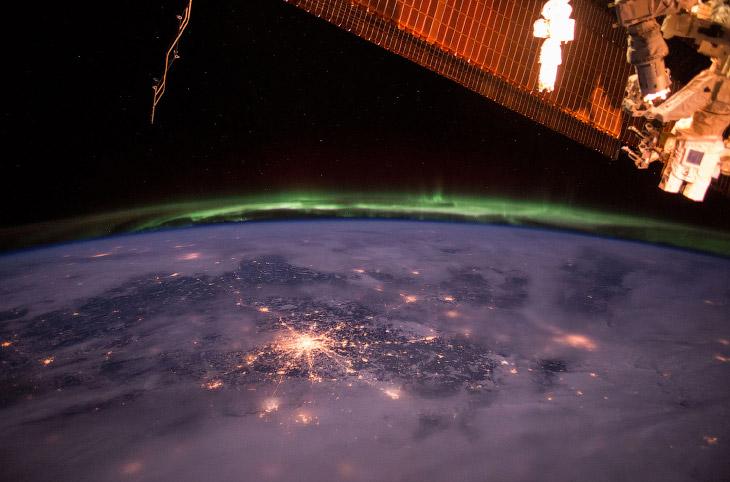 Так выглядит Москва, когда МКС проходит над территорией УкраиныТак выглядит Москва, когда МКС проходит над территорией Украины