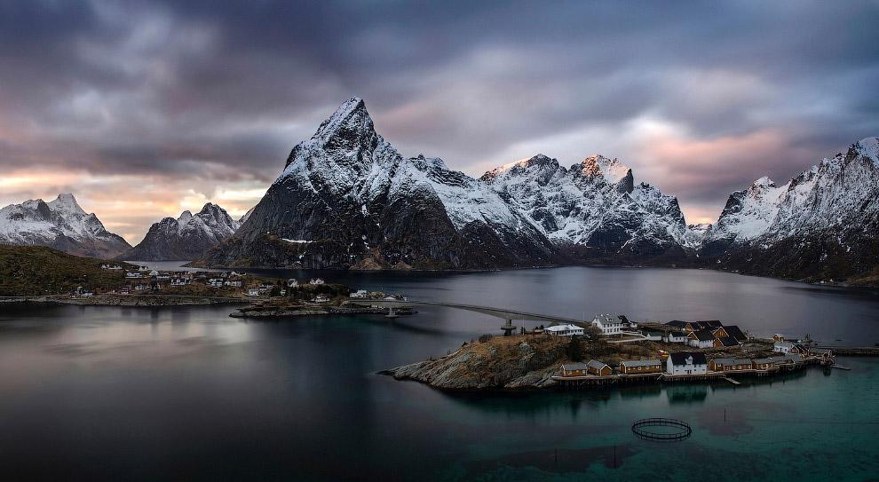 Панорама Рейне на Лофотенских островах, Норвегия