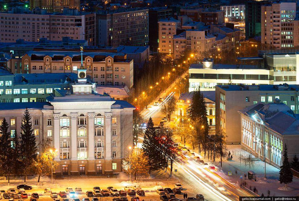 здание акционерной нефтяной компании «Башнефть»