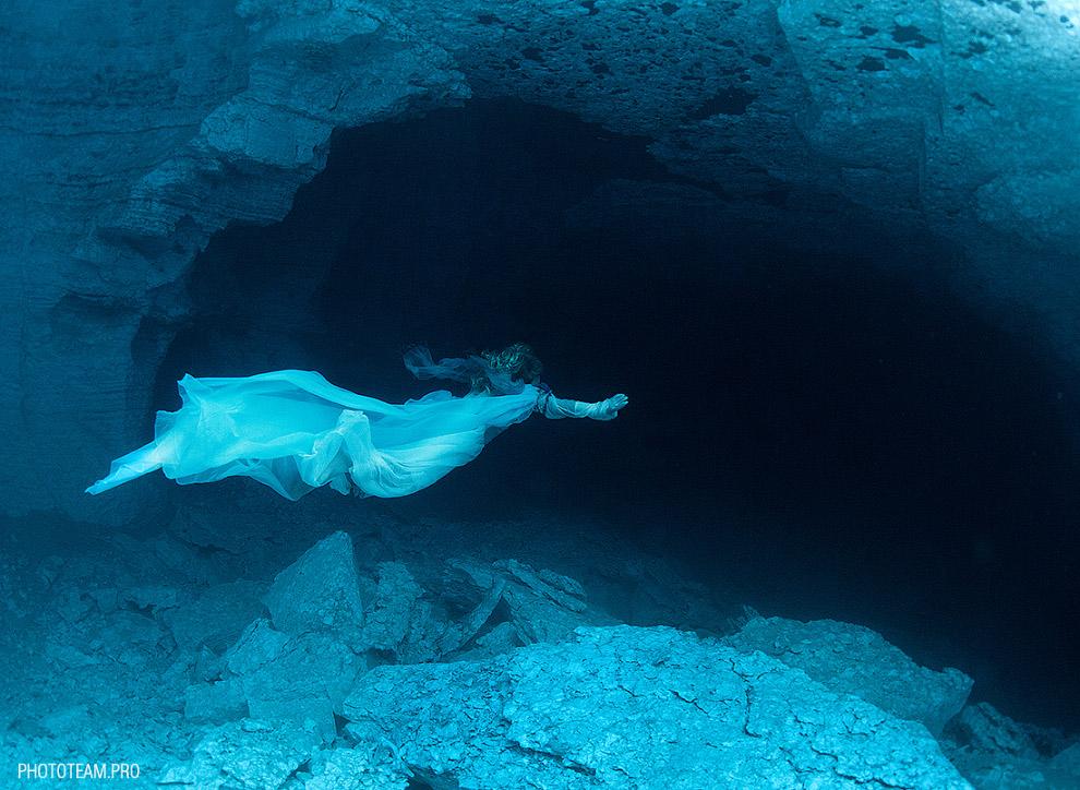 http://loveopium.ru/content/2015/03/Underwater/15.jpg
