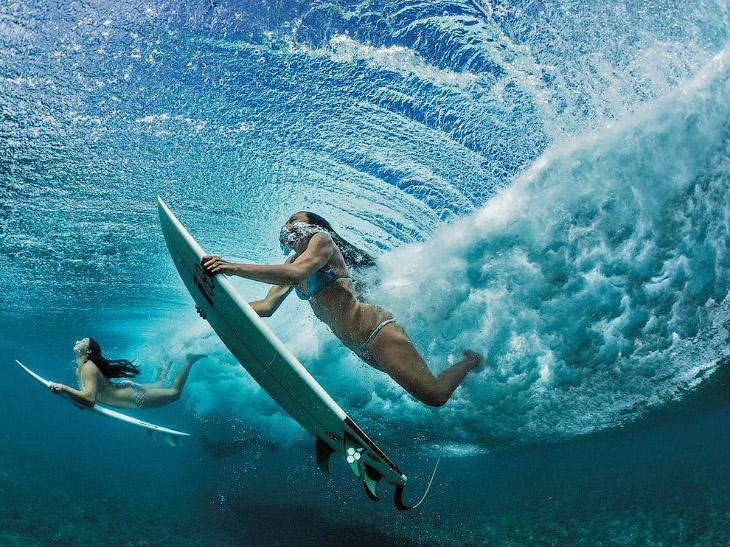 Серферы на Гавайях