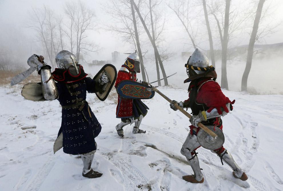 Рыцарский турнир на берегу реки Енисей в рамках исторической реконструкции «Битва Наций Сибири 2015»