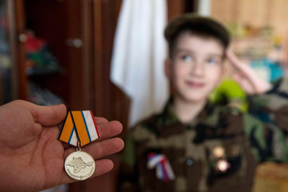 Медаль, которую получил член Народной милиции Крыма, когда действовал в отряде самообороны в марте 2014 года
