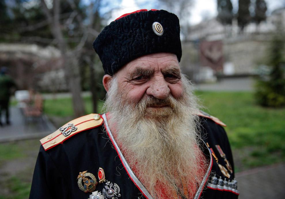 Крымские казаки на церемонии, посвященной первой годовщины присоединения Крыма к России, Симферополь