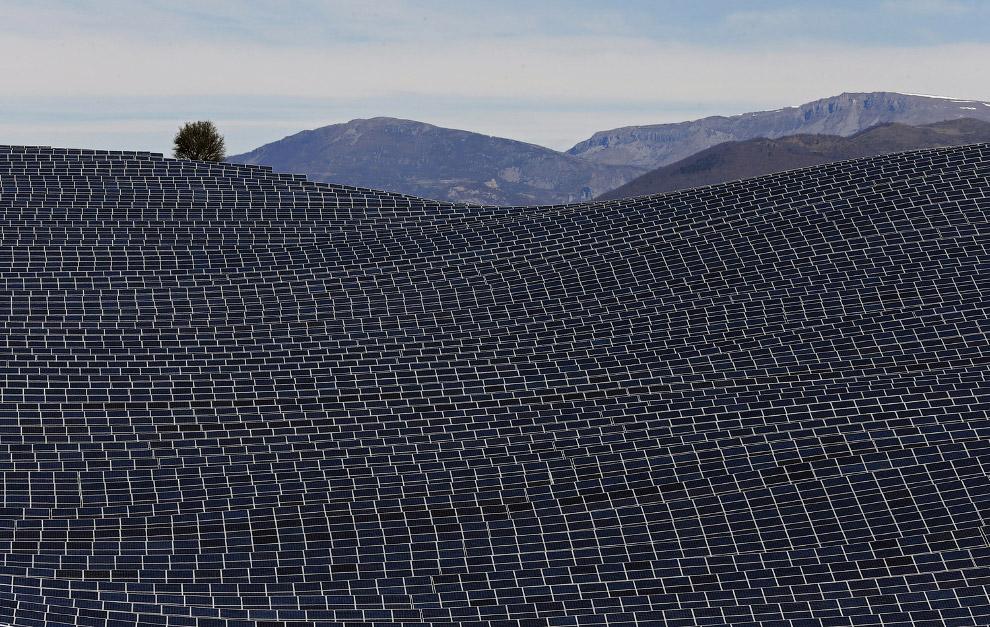 Крупнейшая в Франции солнечная электростанция