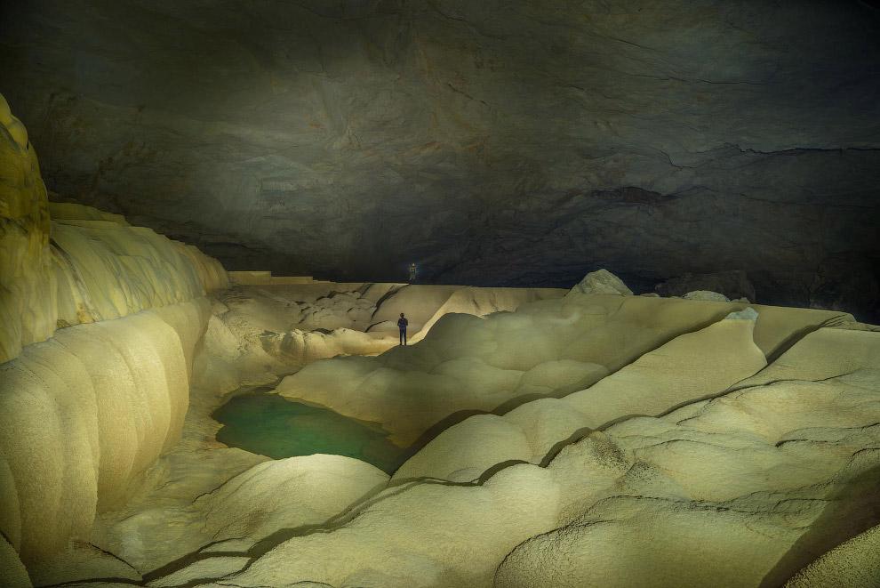 В пещере Tham Khoun есть самые разнообразные ландшафты
