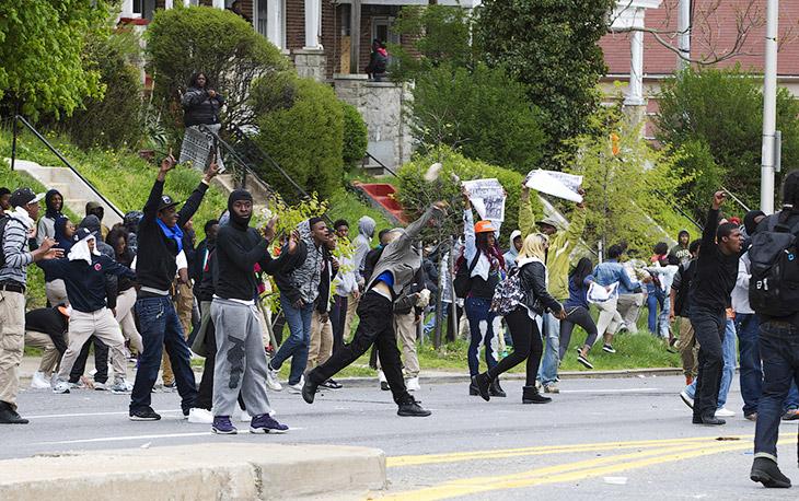 Как видно, в протестах участвуют в основном афроамериканцы, Балтимор
