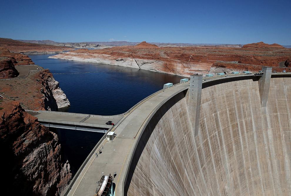 Плотина на озере Пауэлл в Аризоне