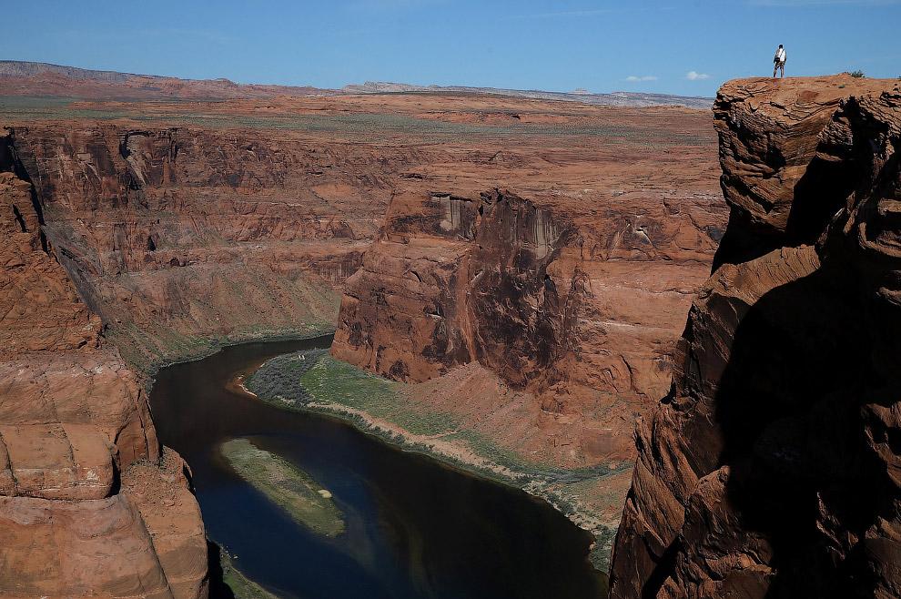 Обмелевшая река Колорадо в месте, которое называется Подкова