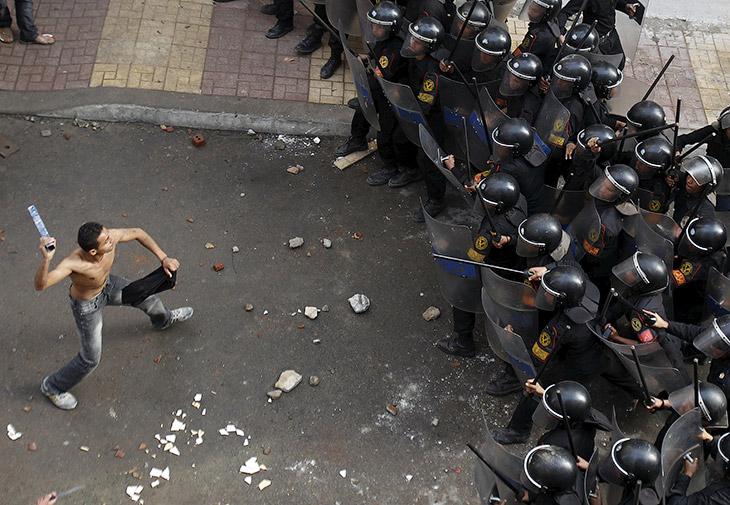 Столкновения с египетскими ОМОНом к северу от Каира