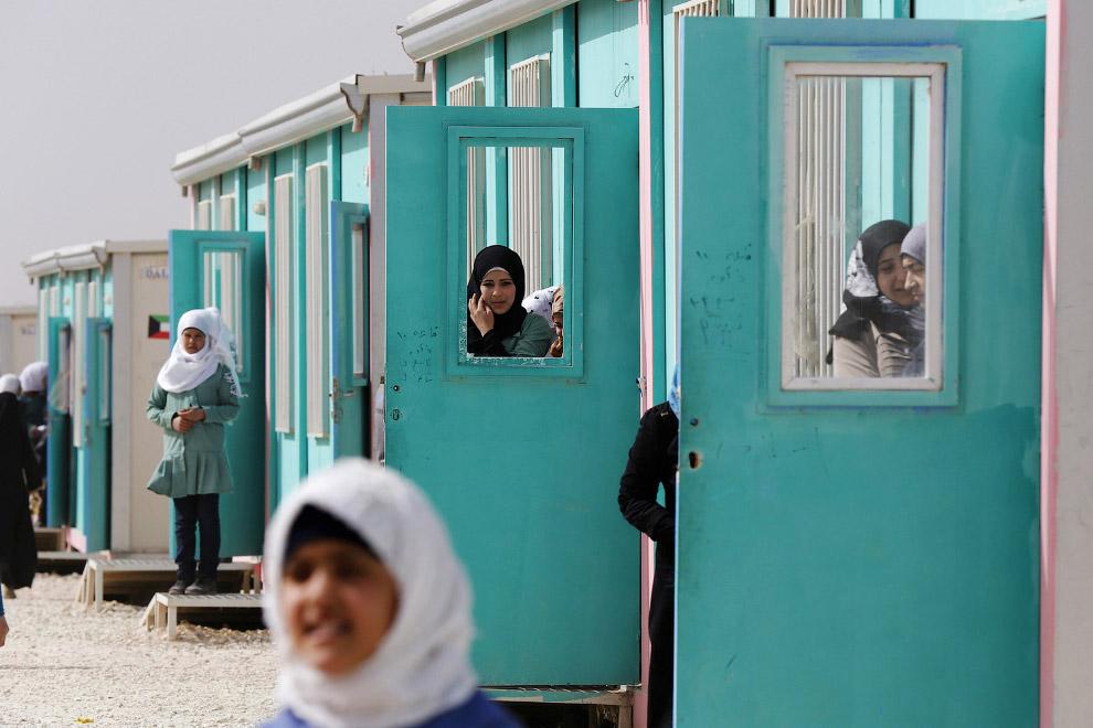 Лагерь беженцев недалеко от границы с Сирией