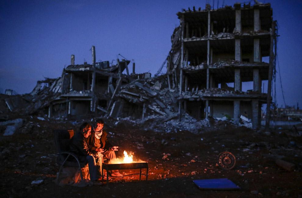 Разрушенный город Коба́ни