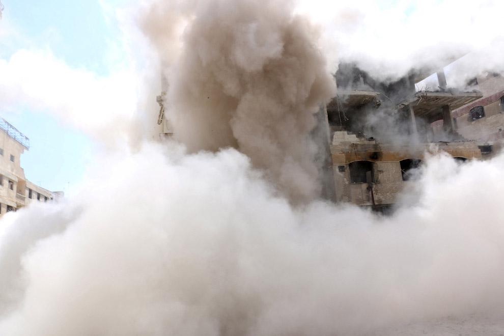 Гута, пригород Дамаска. В жилом квартале упал еще один снаряд