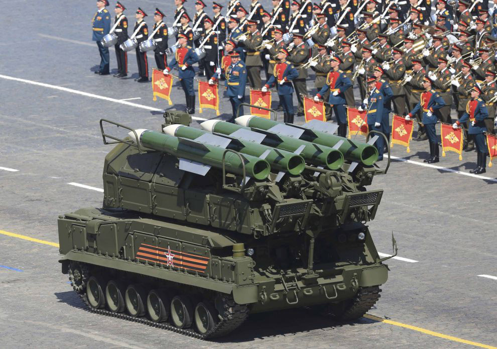 Самоходный зенитный ракетный комплекс «Бук-М2»