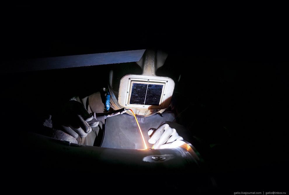 Сварка в обитаемой камере «Атмосфера-24»