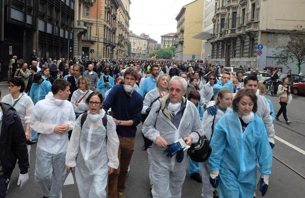Произошедшие погромы в Милане вызвали возмущение его жителей, которые решили выйти на улицы, чтобы своими силами привести город в порядок после действий black bloc
