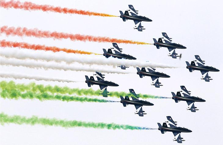 Итальянская пилотажная группа Фречче Триколори