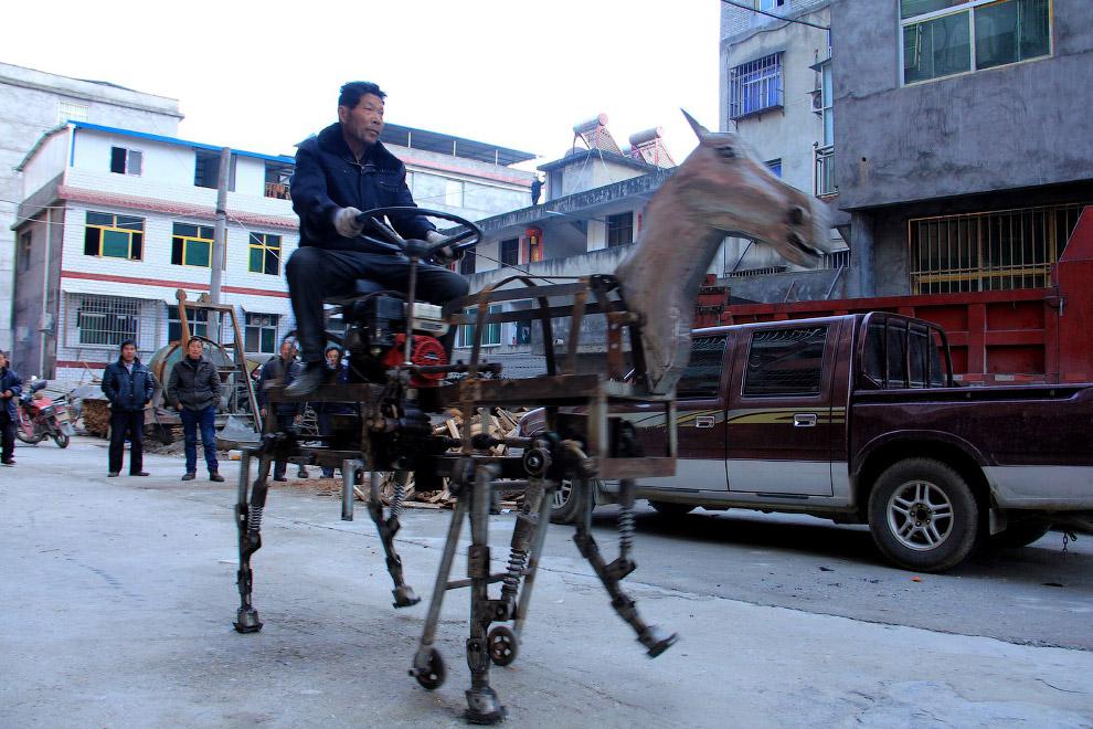 Транспортное средство — механическая лошадь, провинция Хубэй