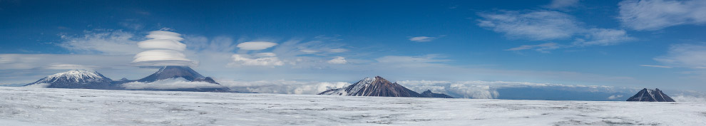 Вид с ледника вулкана Плоский Толбачик