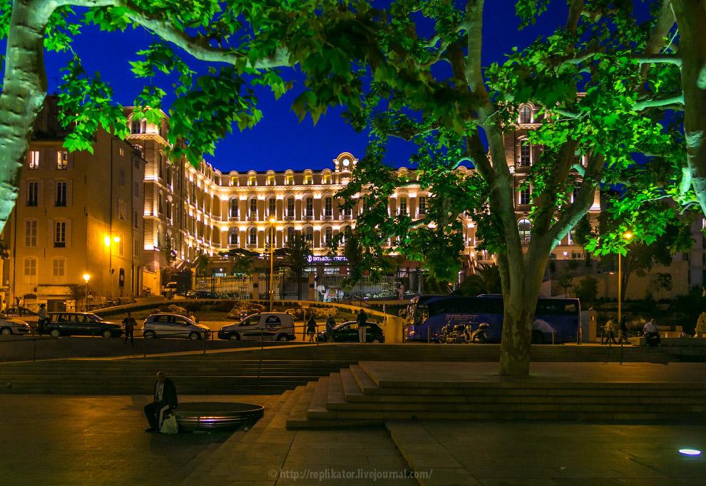 Rue des Olives