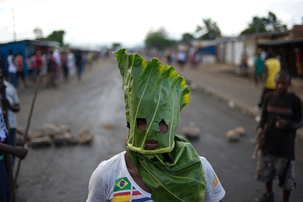Экологически чистая маска протестующего