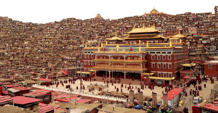 Впечатляющий тибетский монастырь Седа