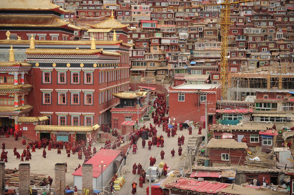 Виды тибетского монастыря Седа
