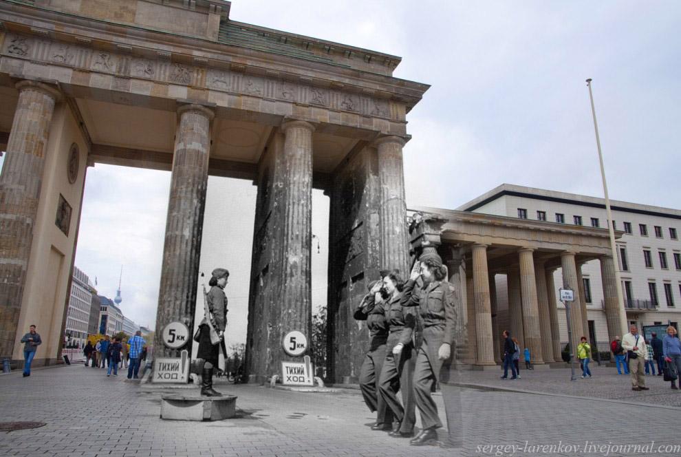 Советская регулировщица и американские девушки-военнослужащие у Бранденбургских ворот