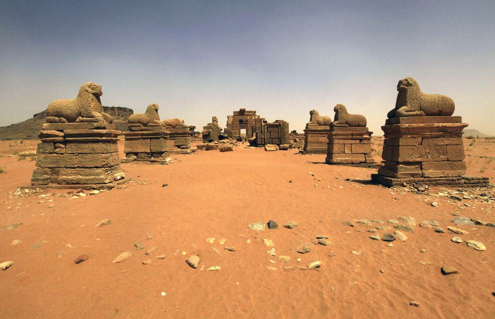 Храм Амона в Нага