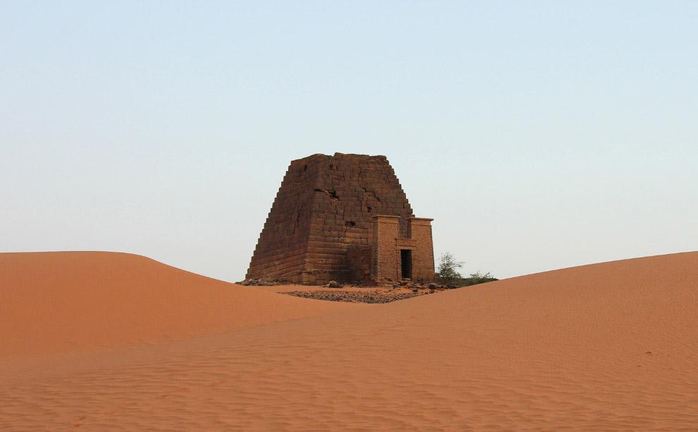 Пирамида Мероэ