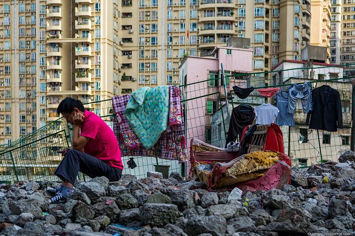 Трущобы в центре мегаполиса