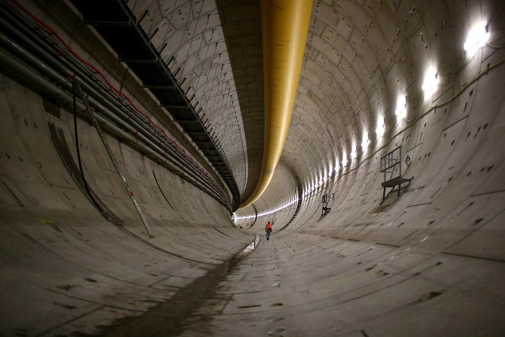 Подземный тоннель в в Окленде, Новая Зеландия