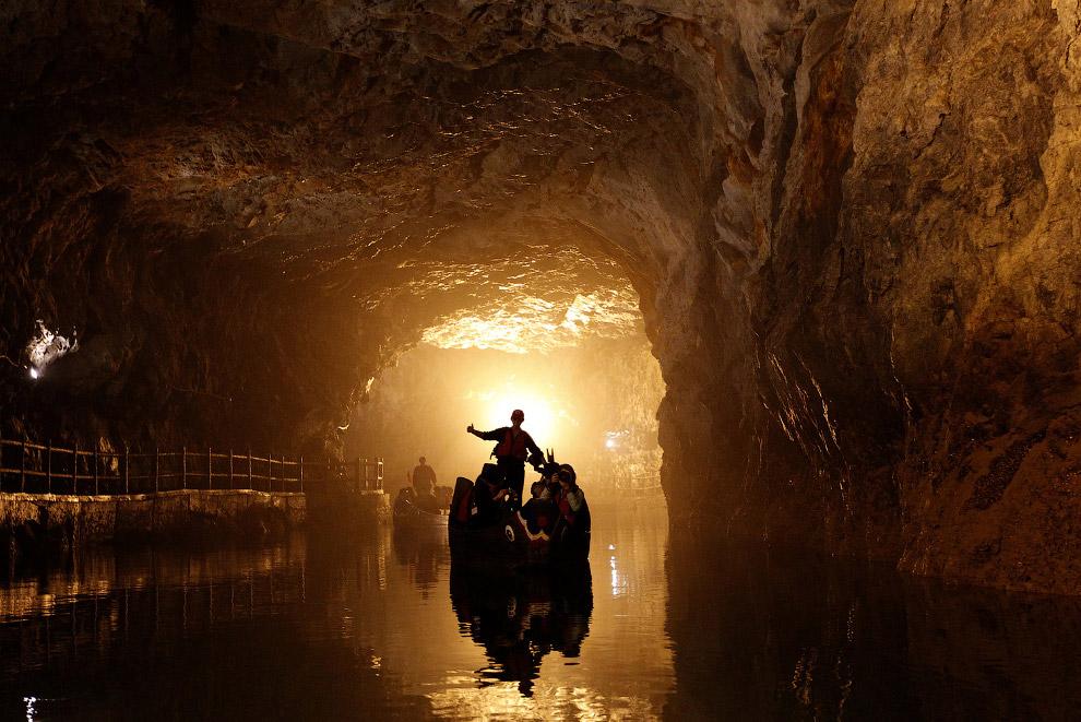 Подземный туннель Бэйхай расположен на тайваньском острове Нанган