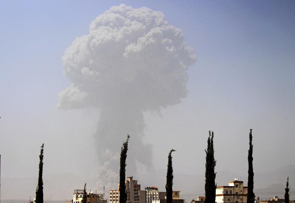 Авиаудар по столице Йемена Сане